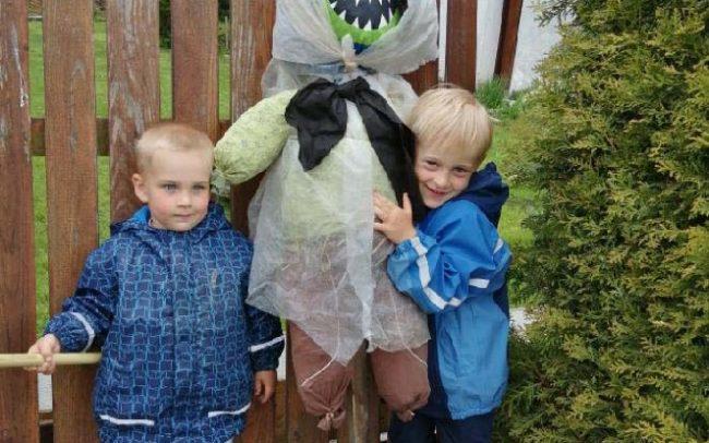 Děti a rodiče vyráběli čarodějnice